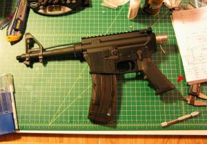 Gun with plastic lower receiver made with 3-D printer